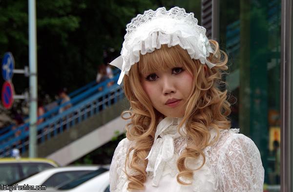 White Lolita Fashion