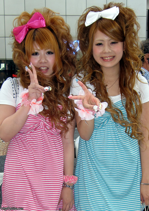 Japanese Gals With Blonde Hair