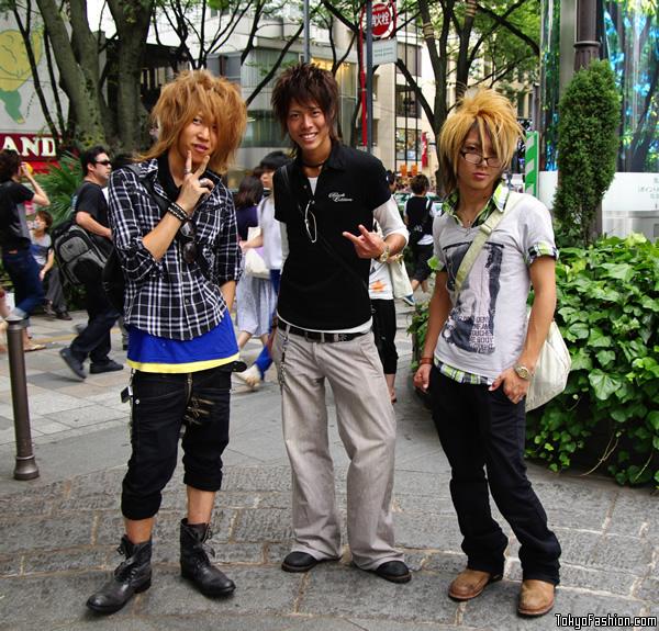 3 Japanese Guys in Omotesando