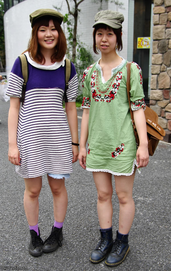 http://tokyofashion.com/wp-content/uploads/2009/08/Cat-Street-Hat-Dress-Girls-08-2009-001-b.jpg