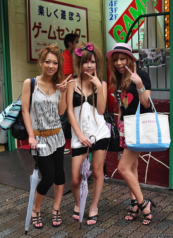 Japanese girls in heels sister pussy