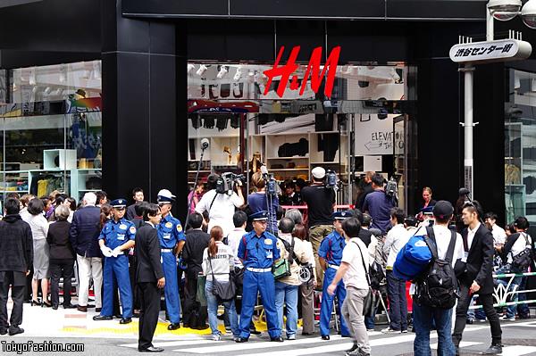 H&M Shibuya Opening Day