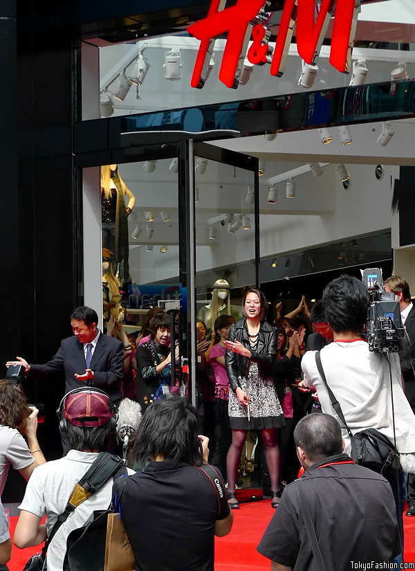 H&M Shibuya Grand Opening Ribbon Cut