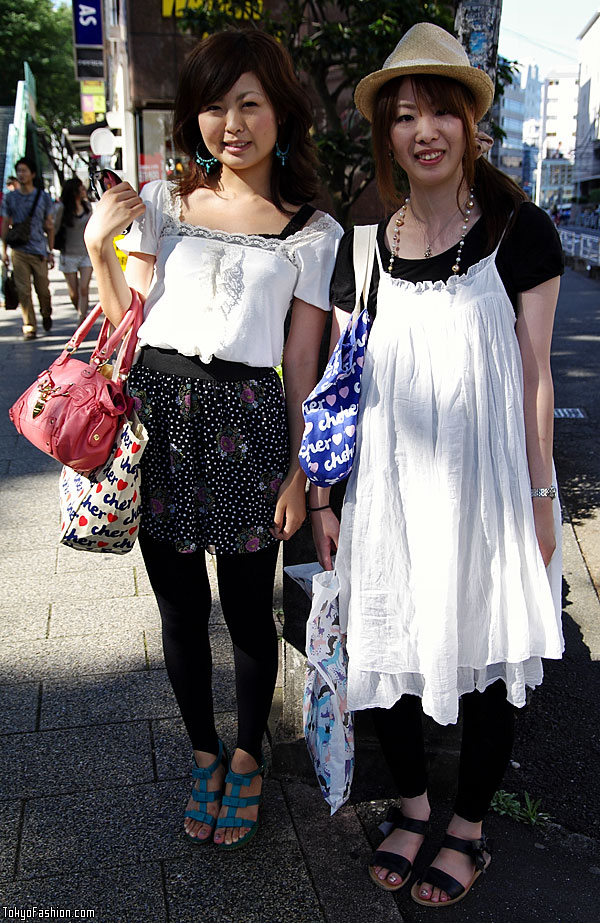 Japanese Girls and Cher Eco Bags