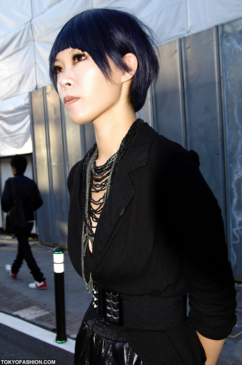 Black Blue Japanese Bob Hairstyle In Harajuku - Bob hairstyle japan