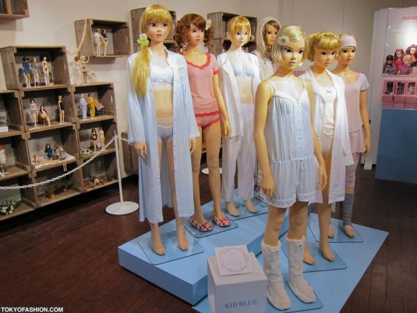 Full Size Momoko Dolls