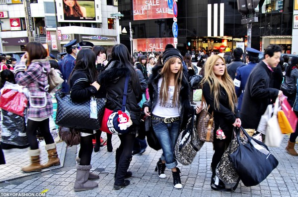 Blonde Shibuya Girls