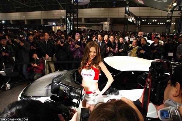 Photographers at Tokyo Auto Salon