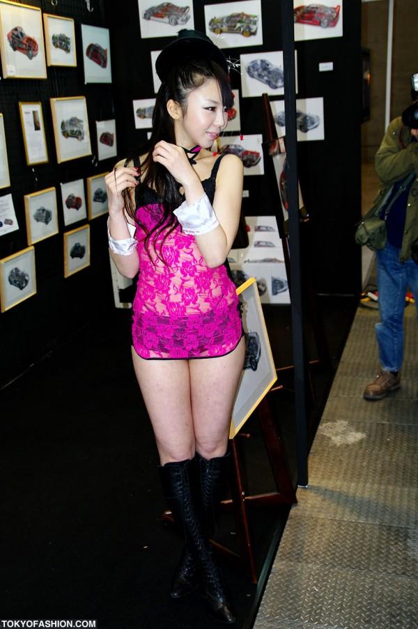Tokyo Auto Salon Girl
