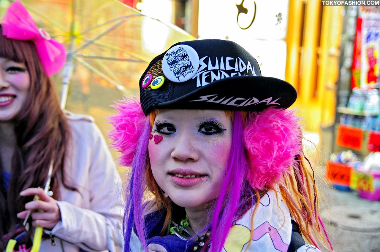 DokoDoki-Girls-Shibuya-02-13-2010-002-IM