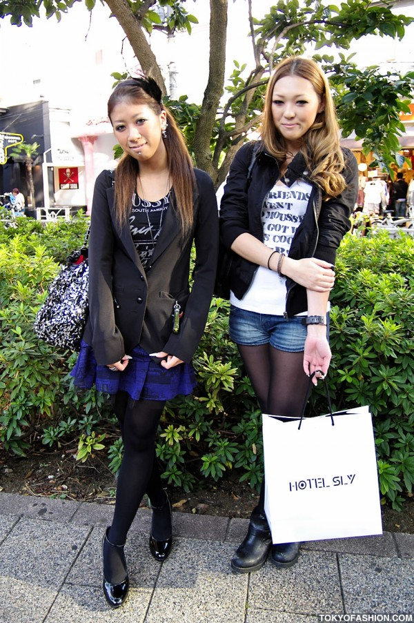 Shibuya Girls in Moussy Fashion & Labret Piercing