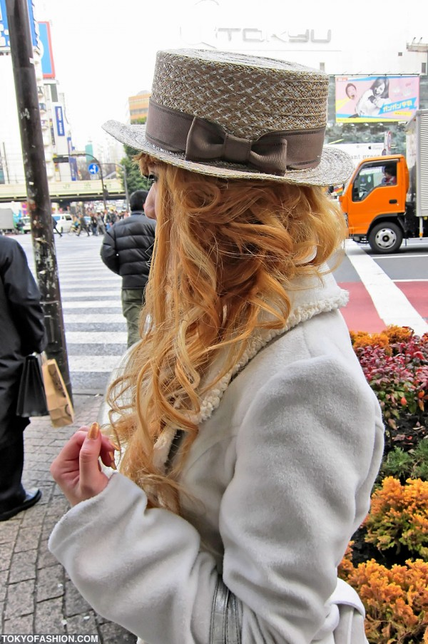 Japanese Girl in Cute Hat & Blonde Hair