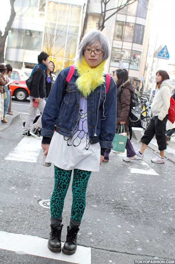 Japanese Girl w/ Silver Hair & Glasses in Harajuku
