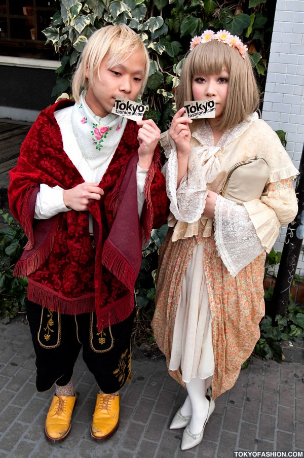 Renaissance / Vintage Street Fashion in Harajuku