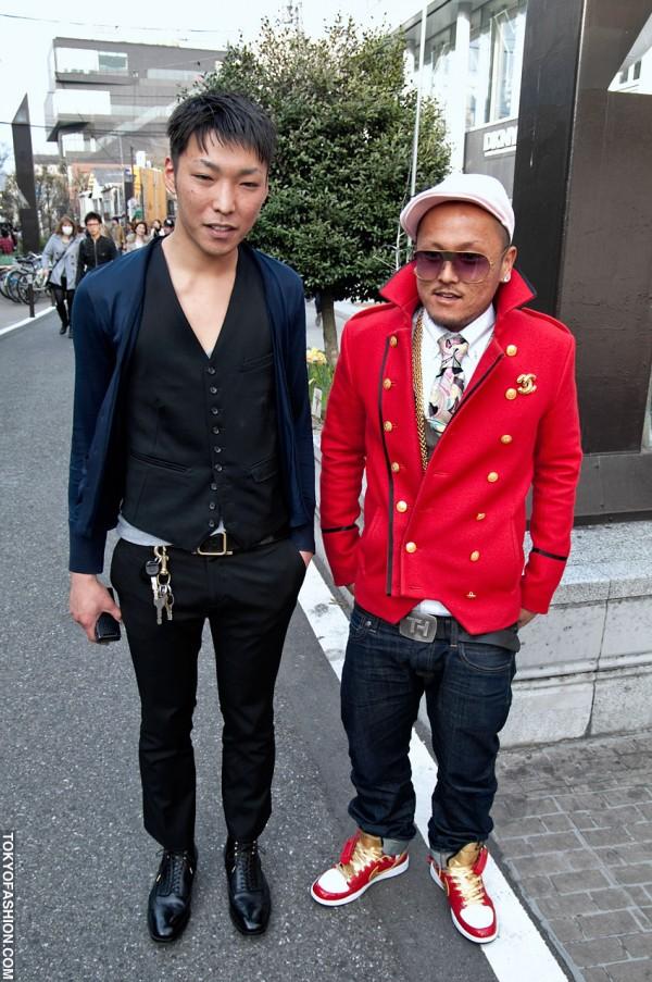 Harajuku Streetwear Guys in Red Blazer & Sneakers