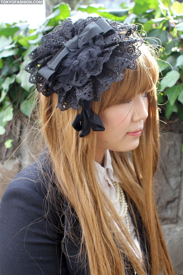 Lace Headpiece in Harajuku