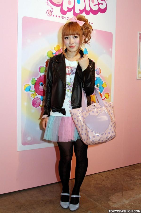 Girl in Cute 6%DOKIDOKI Fashion & Hair Bow