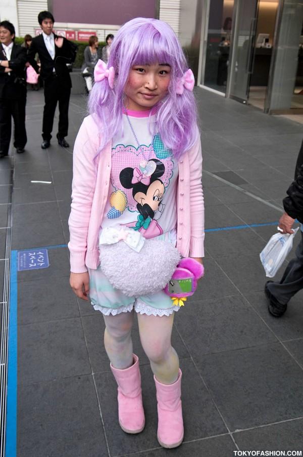 Japanese Girl in Pink, Purple, & Pastels in Harajuku