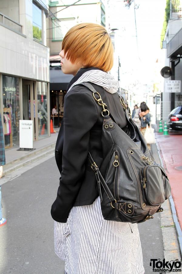 Black leather bag in Harajuku