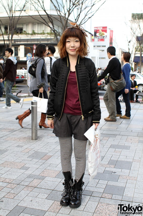 Japanese Girl in Ne-Net Boots, Tights & Hair Bow