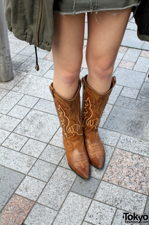 Cowgirl boots in Harajuku