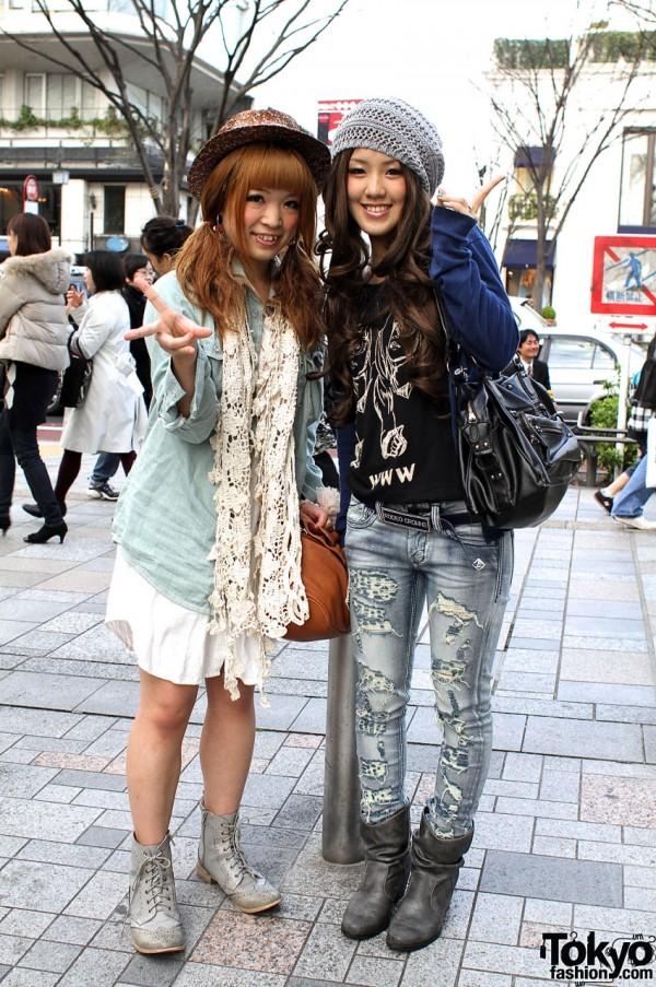Harajuku Girls in Lowrys Farm & Rodeo Crowns