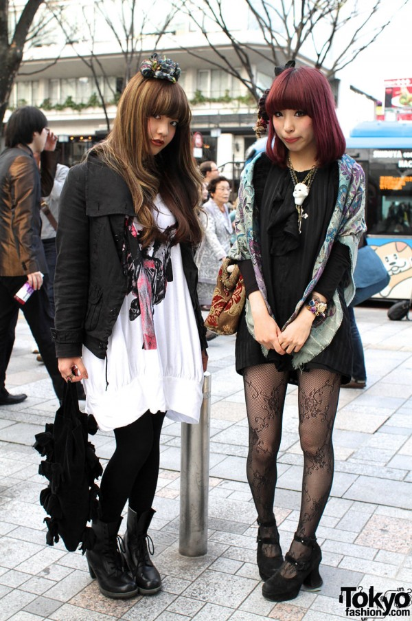 Grimoire Dolly-kei Girls in Harajuku