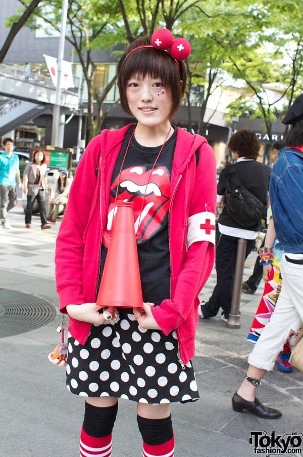 Harajuku Girl vs. Rolling Stones