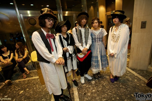 Dolly Kei boys & girls at Grimoire Tokyo party.
