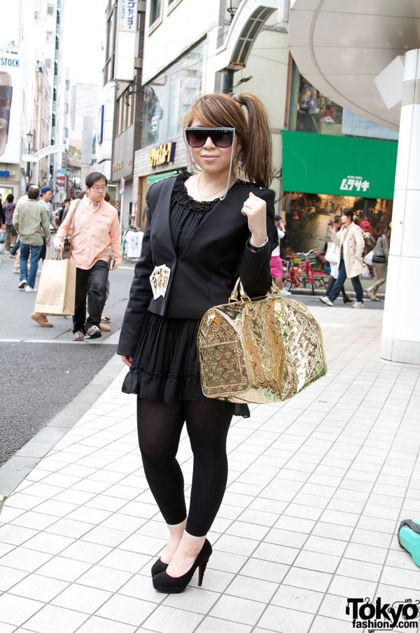 Japanese girl with R&E stilettos and gold Louis Vuitton Bag
