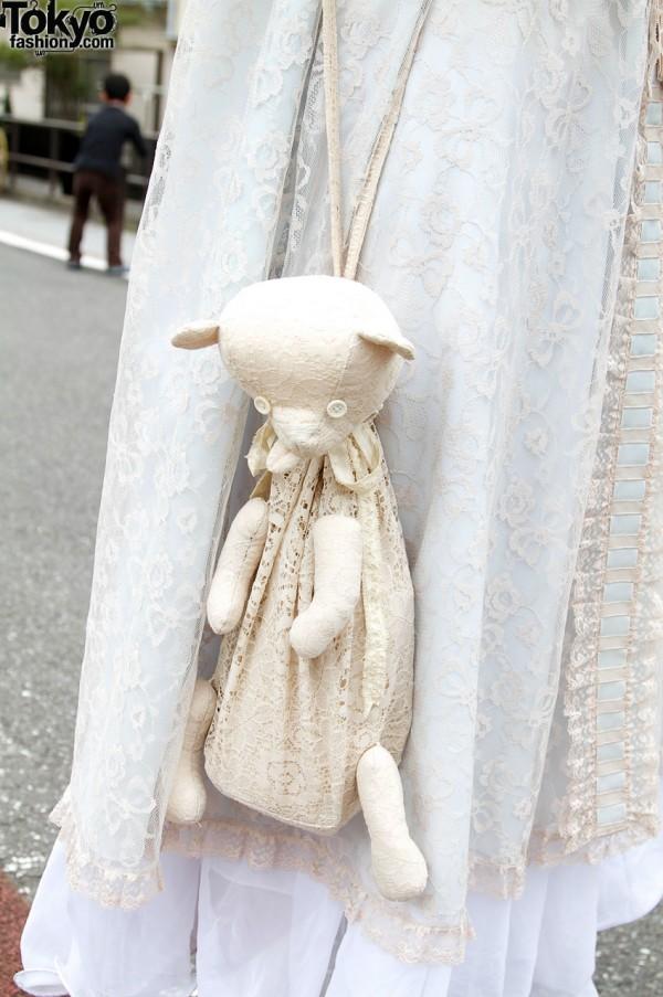 Lace teddy bear purse from Tarock