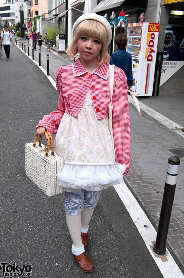 Beautiful Dolly-kei Fashion on Cat Street