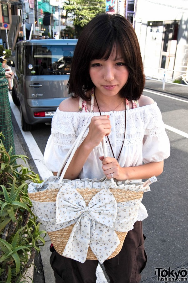 Japanese Girl & Cute Straw Purse