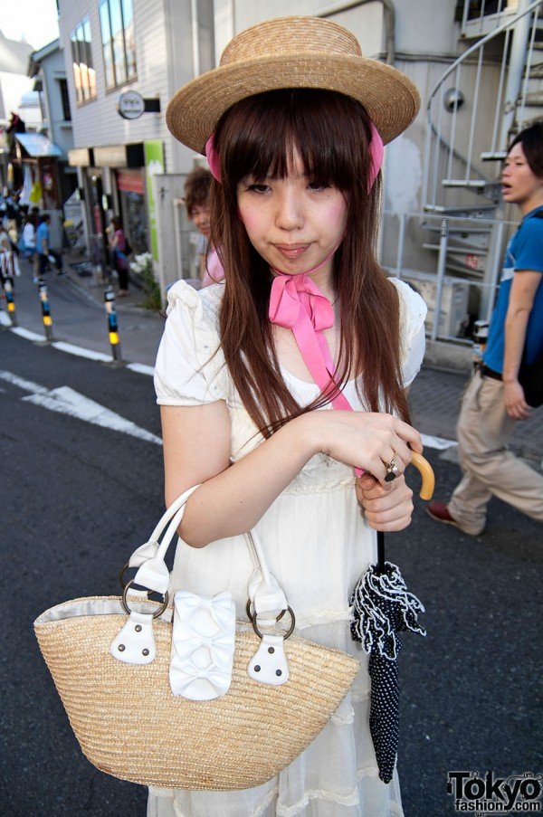 Cute Straw Bag in Harajuku