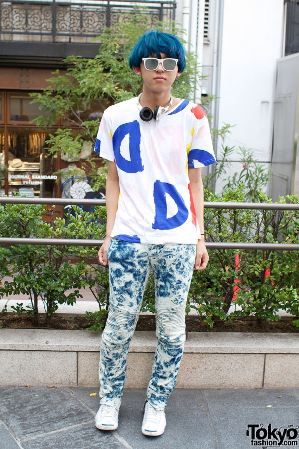 Blue Haired Fashion Student in David David Tee