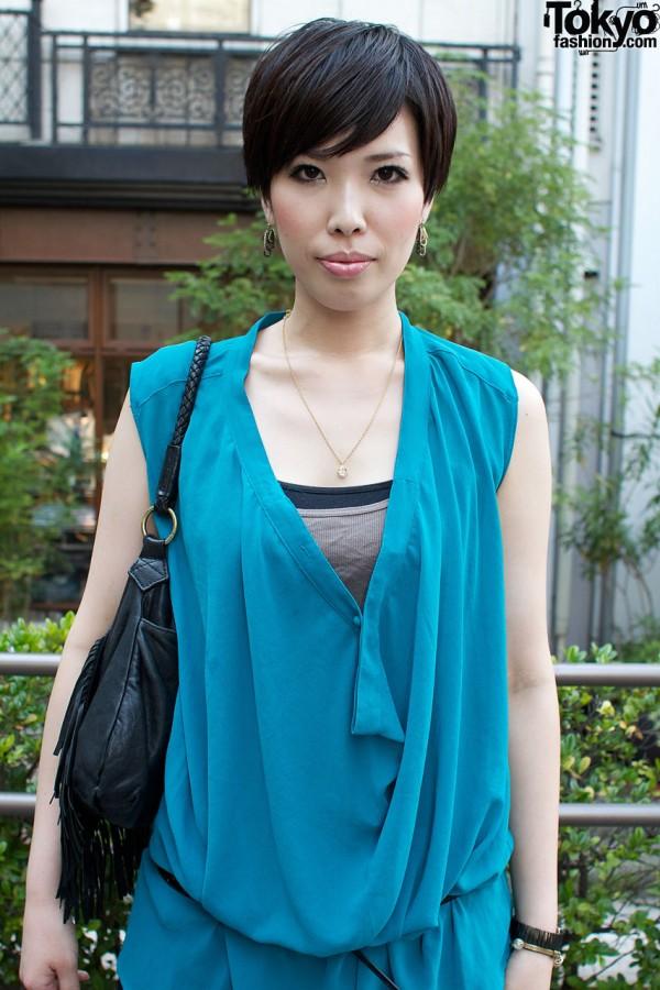 Turquoise Undulate top