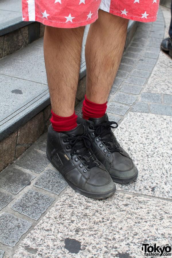 Red socks & black shoes