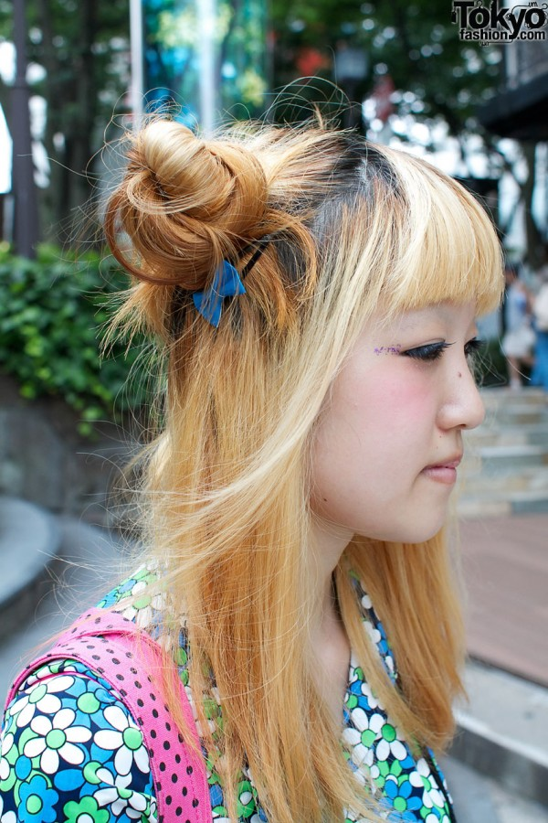 Blonde hair with odango buns