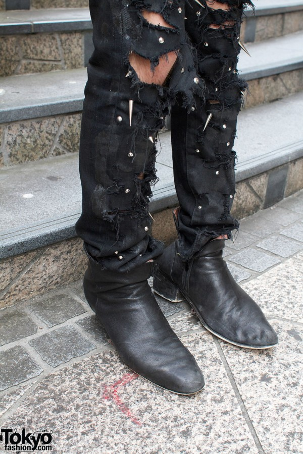 Ripped & spike skinny jeans, Dior boots