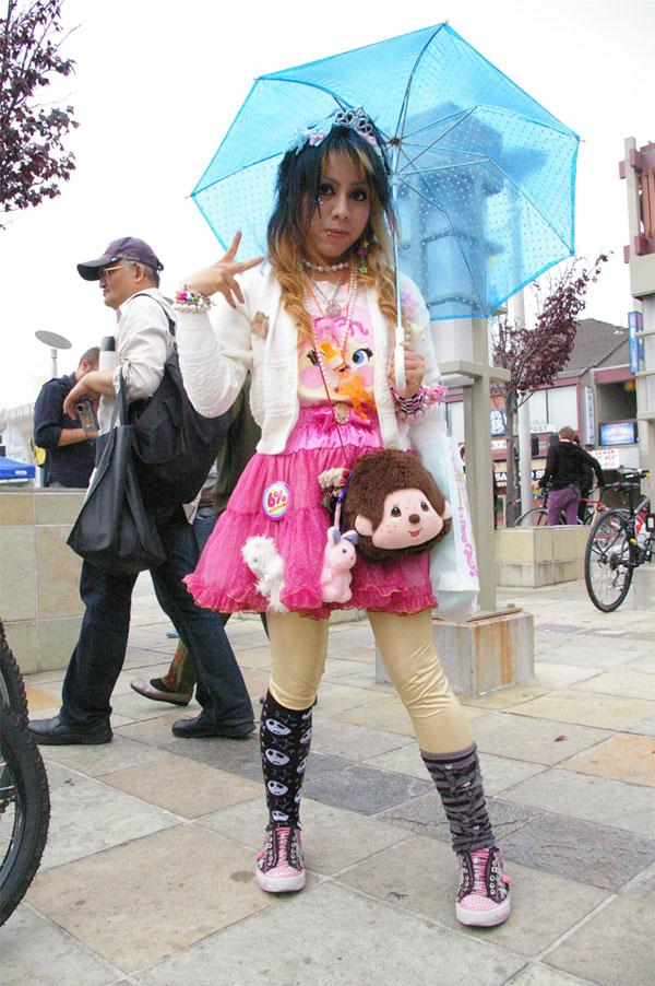 6%DOKIDOKI SF Fashion Walk
