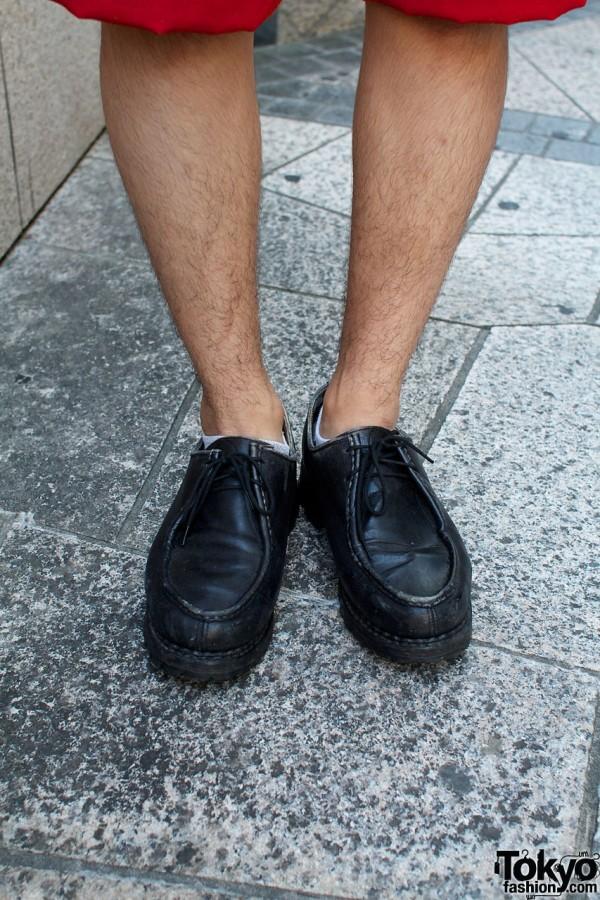 Black Y'd shoes