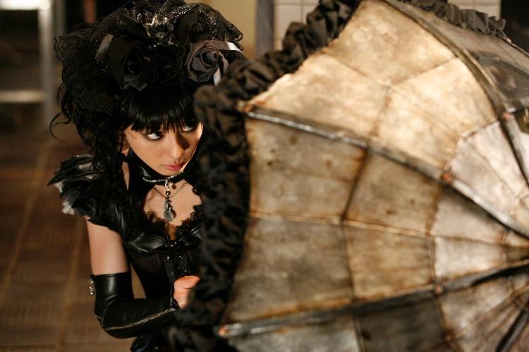 http://tokyofashion.com/wp-content/uploads/2010/10/Gothic-and-Lolita-Psycho-001.jpg