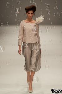 Yukiko Hanai 2011 S/S Collection