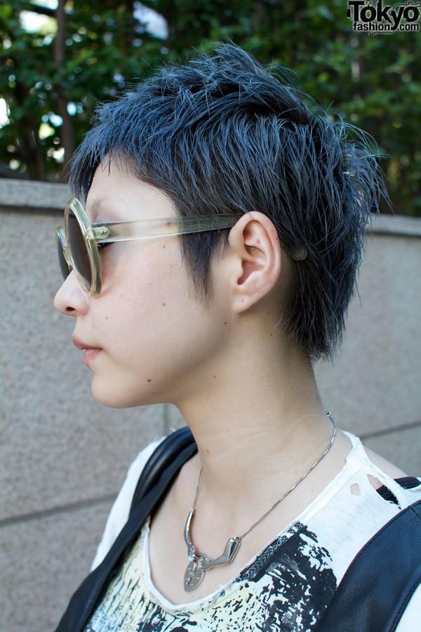 Short hair & Marui sunglasses