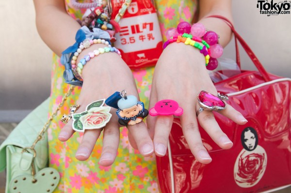 6%DokiDoki rings and bracelets