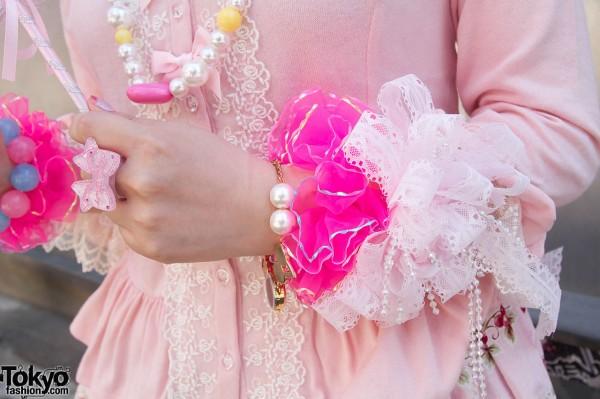 Lace cuff & plastic beads