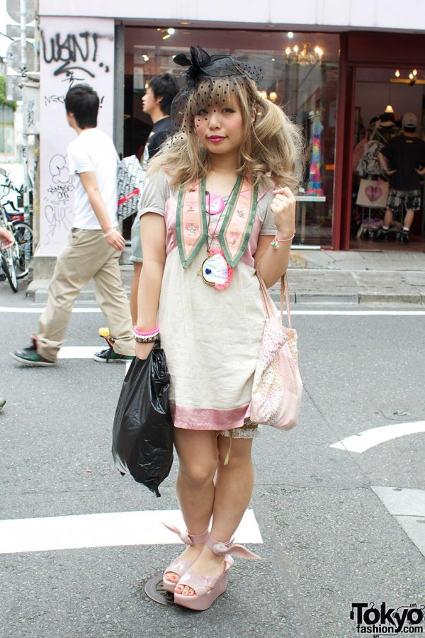 The Virgin Mary Vintage Shop Girl Style in Harajuku
