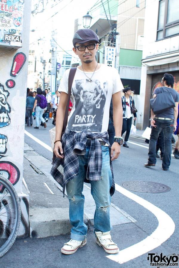 Original View Designer in his brand's t-shirt