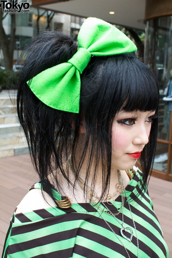 Huge Green Hair Bow in Harajuku