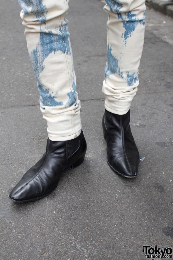 Skinny jeans & black boots